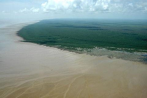 Naufrágio no Atlântico: Pescador de 30 anos continua desaparecido