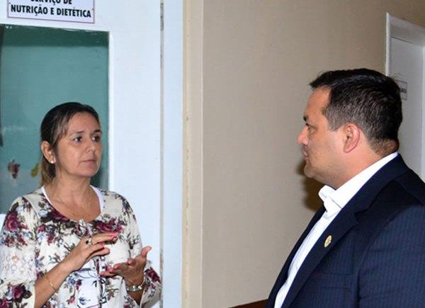 Comissão de Direitos Humanos da Alap ouve relatos de comida estragada em Santana