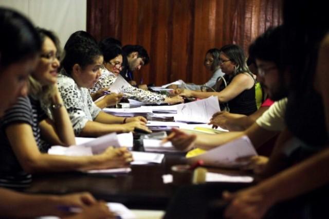 Contratos administrativos: Seed ainda não tem a lista final de professores