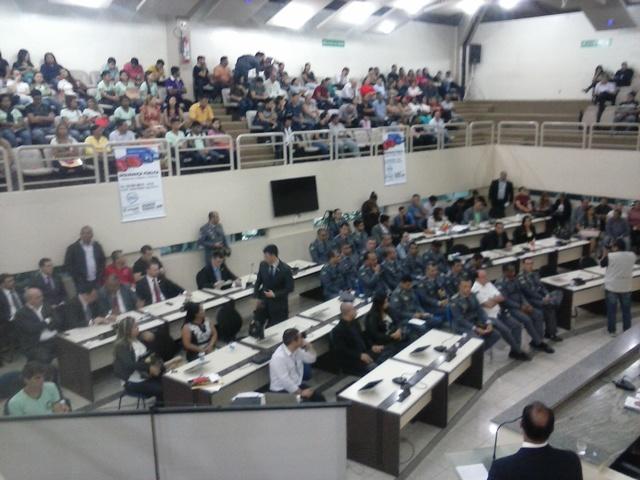 Assembleia Legislativa: Criminalidade nas escolas domina audiência sobre violência