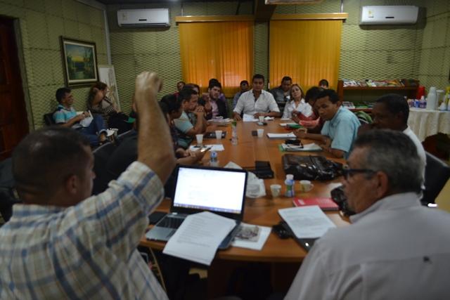 Negociação: Professores aceitam reajuste, mas querem rever incorporação da regência