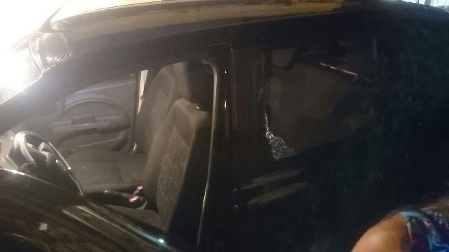 Centro de Macapá: Carros de professores são arrombados em escola