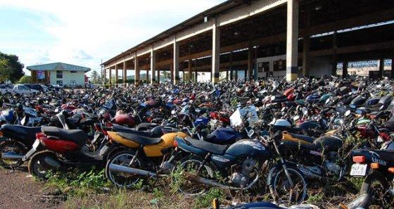 Barreiras diárias: Detran começa a apreender veículos com licenciamento e IPVA em atraso