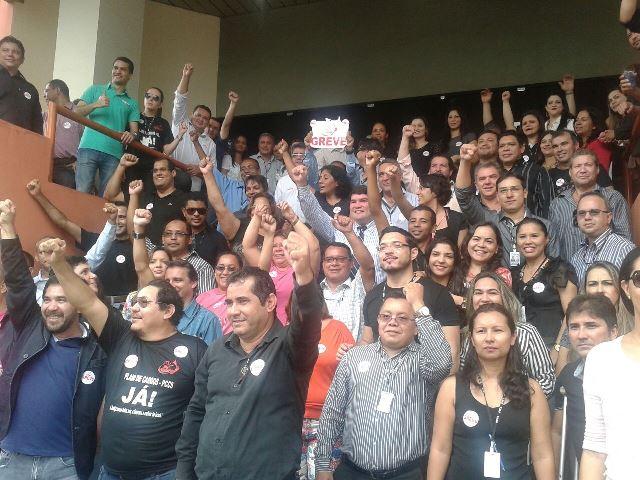 Acatando decisão judicial: Servidores da Justiça suspendem greve por uma semana