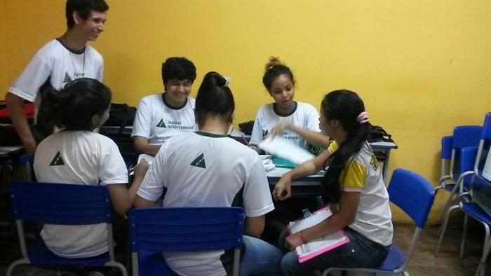 Junior Achievement: Feira apresenta novos empreendedores