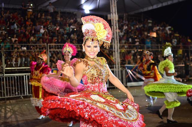 Arraiá no Meio do Mundo: Show de cores e dança encerra eliminatórias dos grupos estilizados