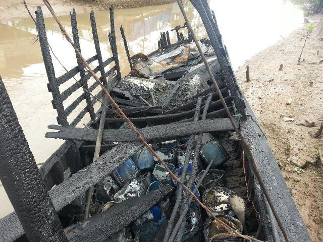 Barco com combustível: Estado de vítima queimada em explosão é grave