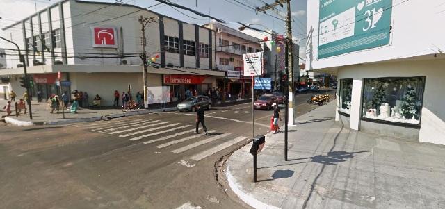 Zona Norte: Assaltantes roubam R$ 47 mil na porta do banco