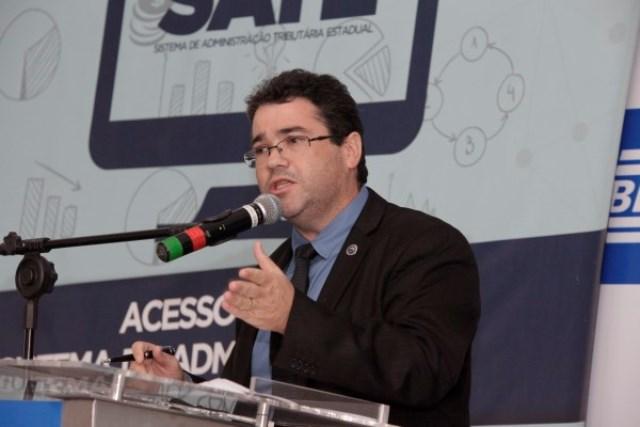 Associação de Procuradores defende permanência de Galeno na PGE