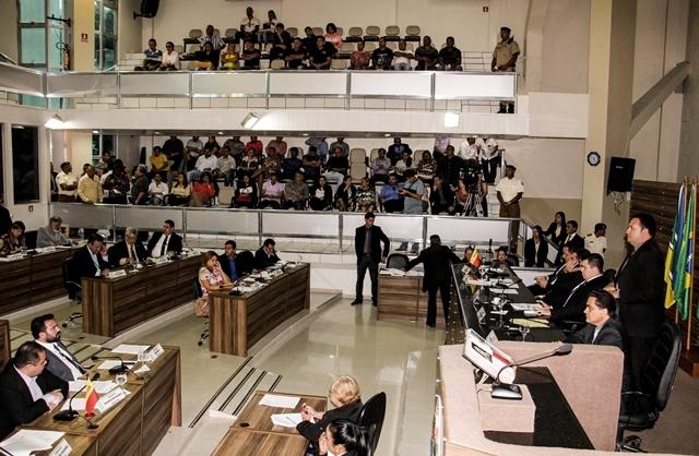 Plano municipal de educação: Questão sobre orientação sexual gera polêmica e adia votação