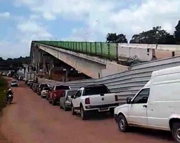 Rio Matapi: Motoristas reclamam da travessia. Setrap promete amenizar a situação