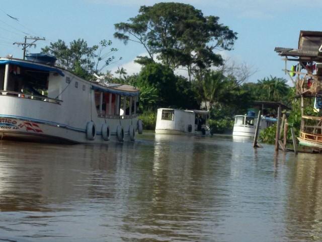 crime ambiental: Polícia apreende 4 embarcações com madeira ilegal nas Pedrinhas