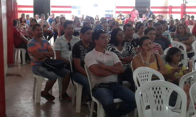 Salários: Em Santana, servidores decidem entrar em greve