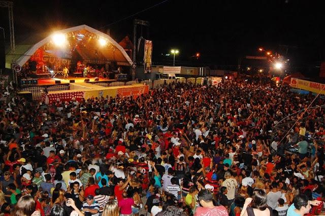 Carnaguari: atrações vão do brega à música eletrônica