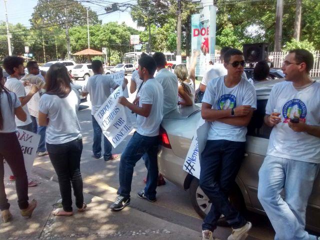 cobrando contratações: Aprovados no concurso do Tjap fazem manifestação