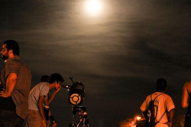 Clube de Astronomia: De olho no céu
