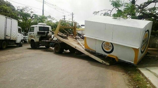 Legislação: Fiscalização tira das ruas trailers irregulares ou abandonados