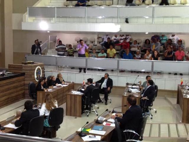 reclamação: Vereadores criticam reajuste da tarifa de ônibus