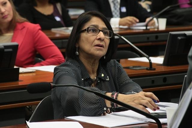 Justificativa: Janete Capiberibe diz que faltas foram ocasionadas por problemas de saúde