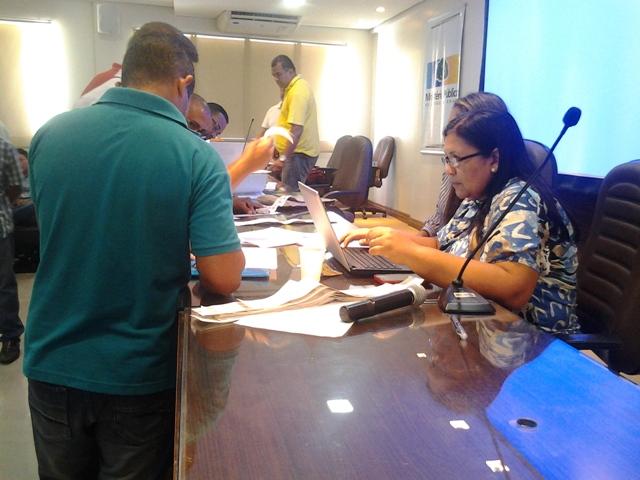 Votos não computados: Candidatos querem anular eleição do Conselho Tutelar em Macapá