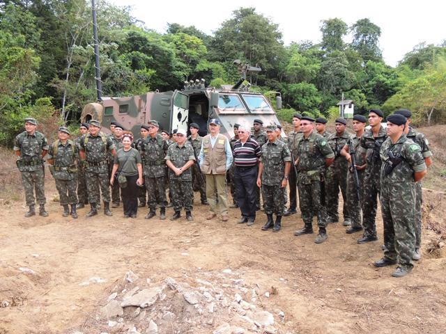 Operação Ágata: Ministro da Defesa acompanha manobras na fronteira com a Guiana