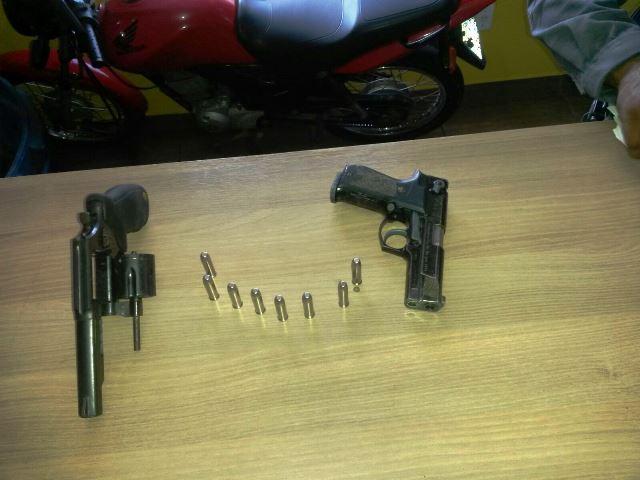 Universidade: Vigilante desarma assaltante em agência dos Correios
