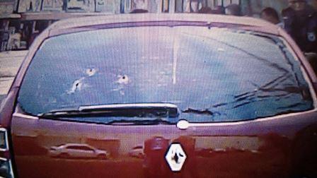 Santana: Policiais perseguem assaltantes com refém