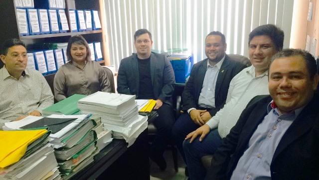 Portal: Vereadores de Macapá discutem transparência com o MP