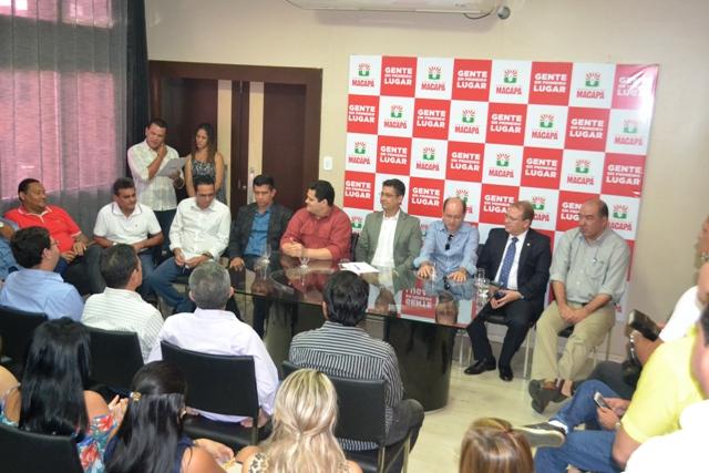 Política: PSDB passa a integrar a equipe do governo de Clécio