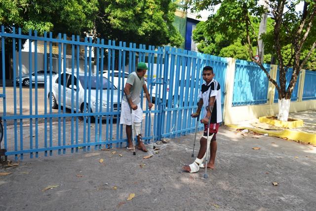Demora: Pacientes fecham Hcal para cobrar cirurgias
