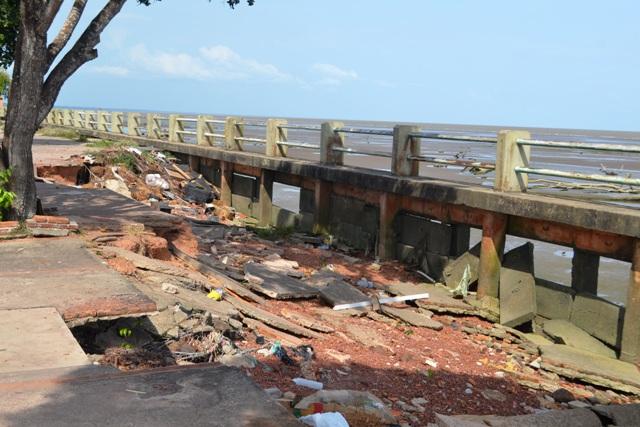 Erosão na orla: Obras de recuperação aguardam parecer jurídico