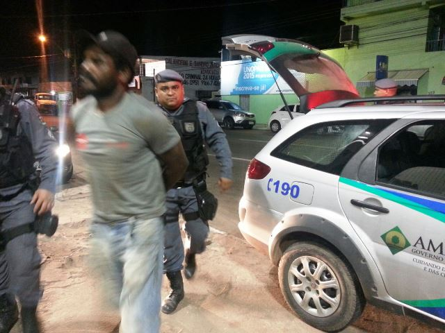 """Levava tudo: Moradores do Congós prendem """"andarilho"""""""