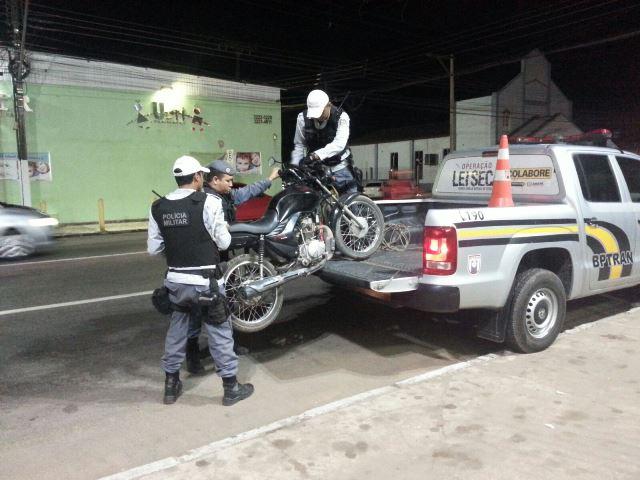 Furtos: Pedreiro que caminhava 15 km para trabalhar tem moto recuperada