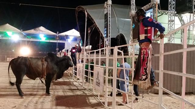 Rodeio abre Expofeira de Amapá