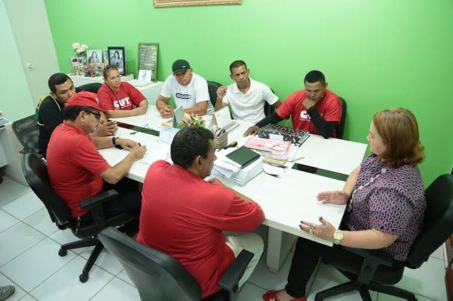 Salários atrasados: Seed recebe vigilantes anuncia data de pagamento