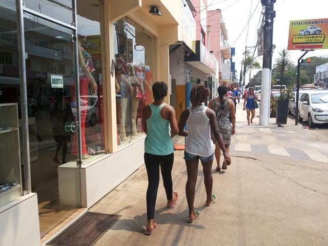 Apesar da crise: 70% dos macapaenses vão às compras de Natal, diz pesquisa