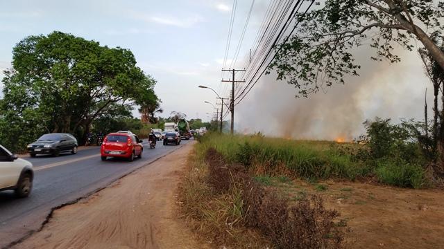 Vegetação destruída: VÍDEO mostra incêndio consumindo a Lagoa dos Índios
