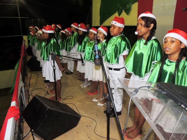 Corais na fronteira: Uma noite natalina em Oiapoque