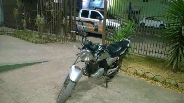 Zona Oeste: No Marabaixo, bandidos invadem casa e fogem com a moto da família