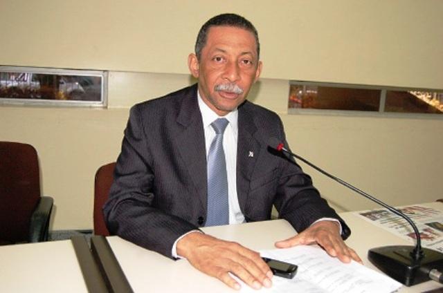 Ex-deputado é condenado a devolver R$ 257 mil