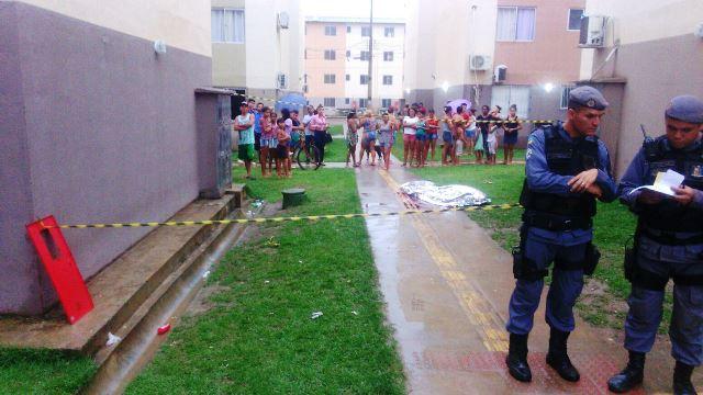 Briga por drogas termina em assassinato no Macapaba
