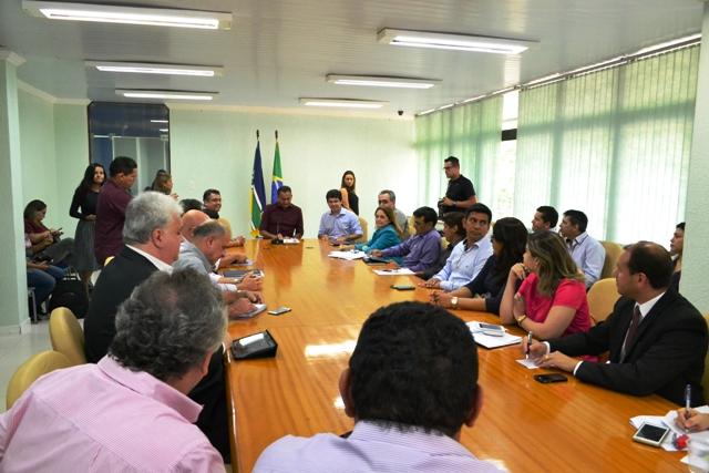Encontro define preparativos para instalação da Zona Franca Verde