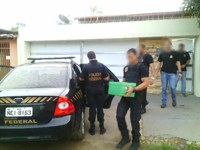 PF cumpre mandado de busca em residência de ex-presidente da Jucap
