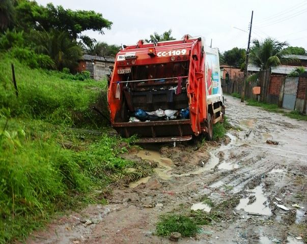 No Ipê, nem o caminhão coletor passa mais