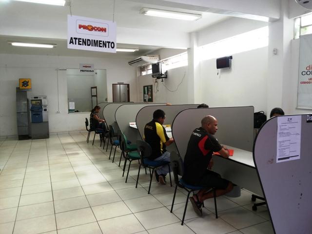 CEA, Itaú e Oi lideram reclamações no Procon