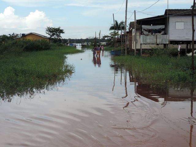 Baixam as águas do rio Araguari, mas o alerta continua