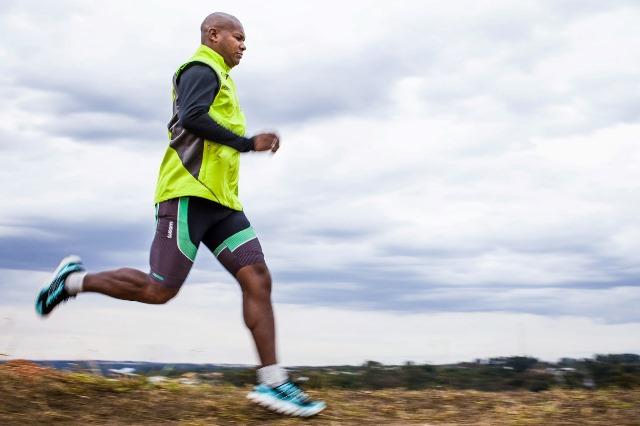 """Ultramaratonista eleito """"super-humano"""" vem ao AP"""