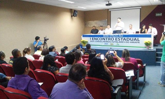 Encontro debate melhorias para os Conselhos Tutelares do Amapá