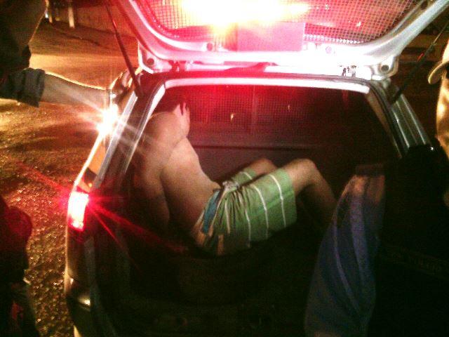 Motorista é agredido por populares depois de acidente