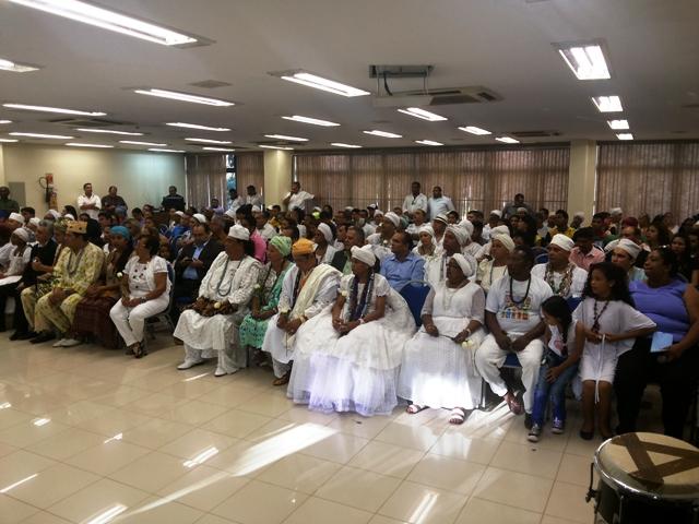 Promessa de criação de delegacia contra racismo marca Dia do Culto Afro